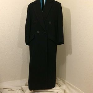 Women's black trenchcoat XL (156)